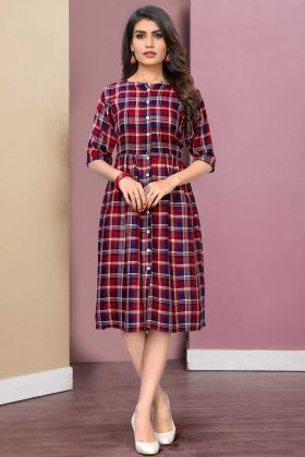Casual Wear Red And Blue Printed Rayon Fabric Kurti