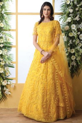 Get Traditional Look In This Fancy Thread Embroidered Yellow Suit