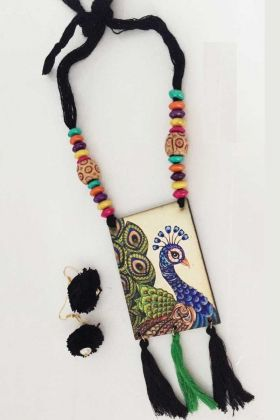 Necklace Set For Navratri Festival In Multi Color