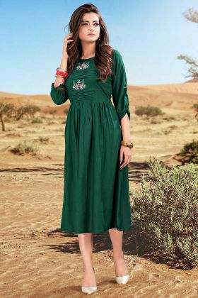 Pine Green Rayon Kurti In Thread Embroidery