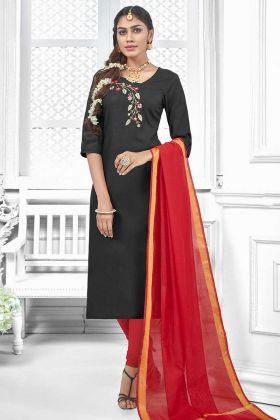 Thread Embroidery Work Black Color Cotton Slub Salwar Kameez