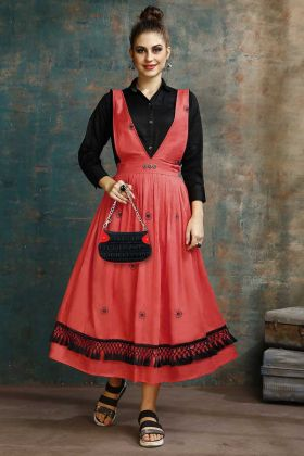 Two-Piece Readymade Kurti Red Color Cotton Fabric