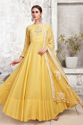 Yellow Heavy Cotton Maslin Ladies Gown